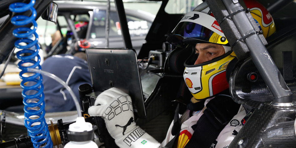 Augusto Farfus – Professional racing Driver from Curitiba